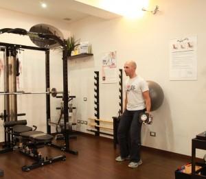 """Personal Trainer Bologna Stefano Mosca - """"Squat con Fitball"""" per i glutei e le gambe"""